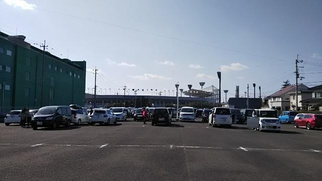 シティライトスタジアム駐車場