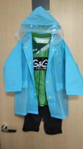 雨のサッカー観戦子供服