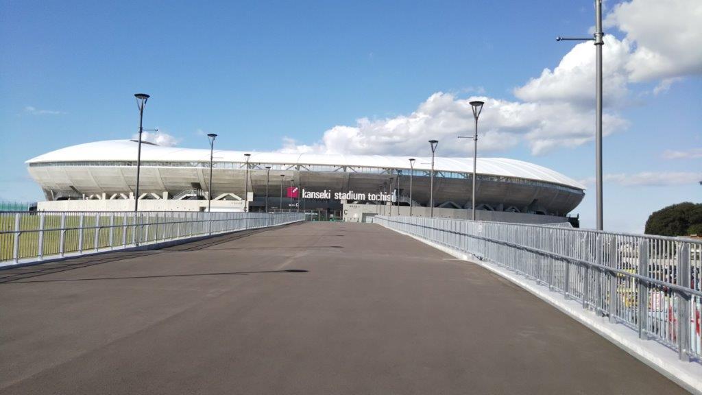 カンセキスタジアムとちぎホームゴール裏側